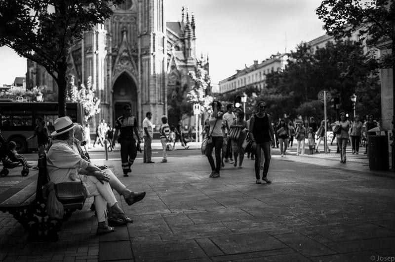 Tarda davant la catedral